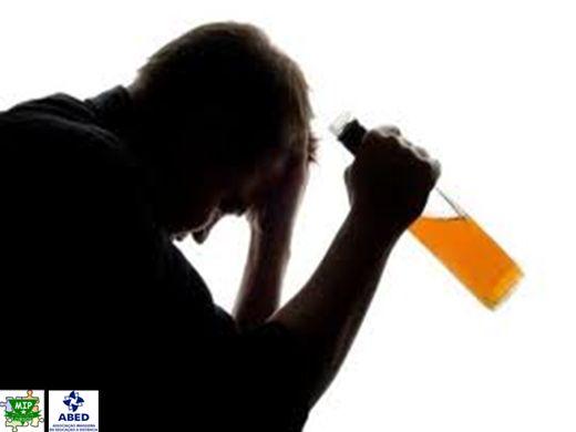 O que é alcoolismo para discutir