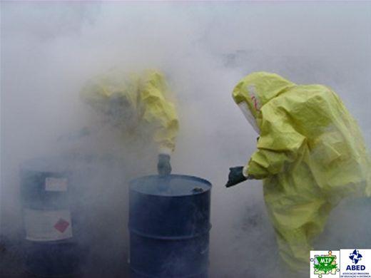 Curso Online de Emergências Quimicas