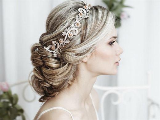 Curso Online de Penteados para Festas e Noivas